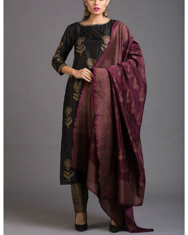 Smoky dandelion printed set with wine dupatta