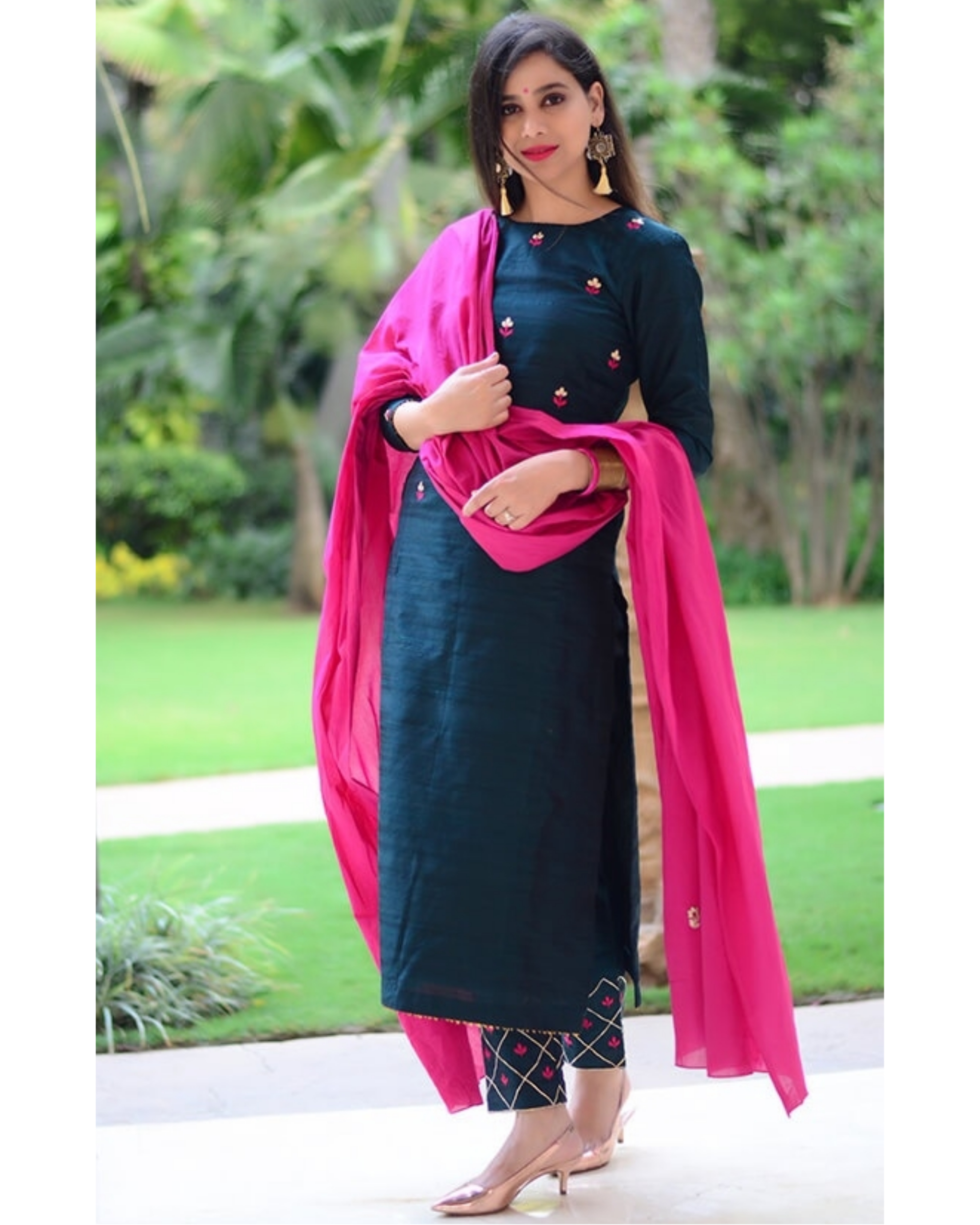 Chrome floral embroidered set with pink dupatta