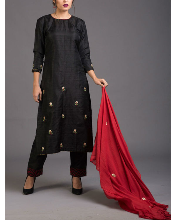 Charcoal floral embroidered set with red embroidered dupatta