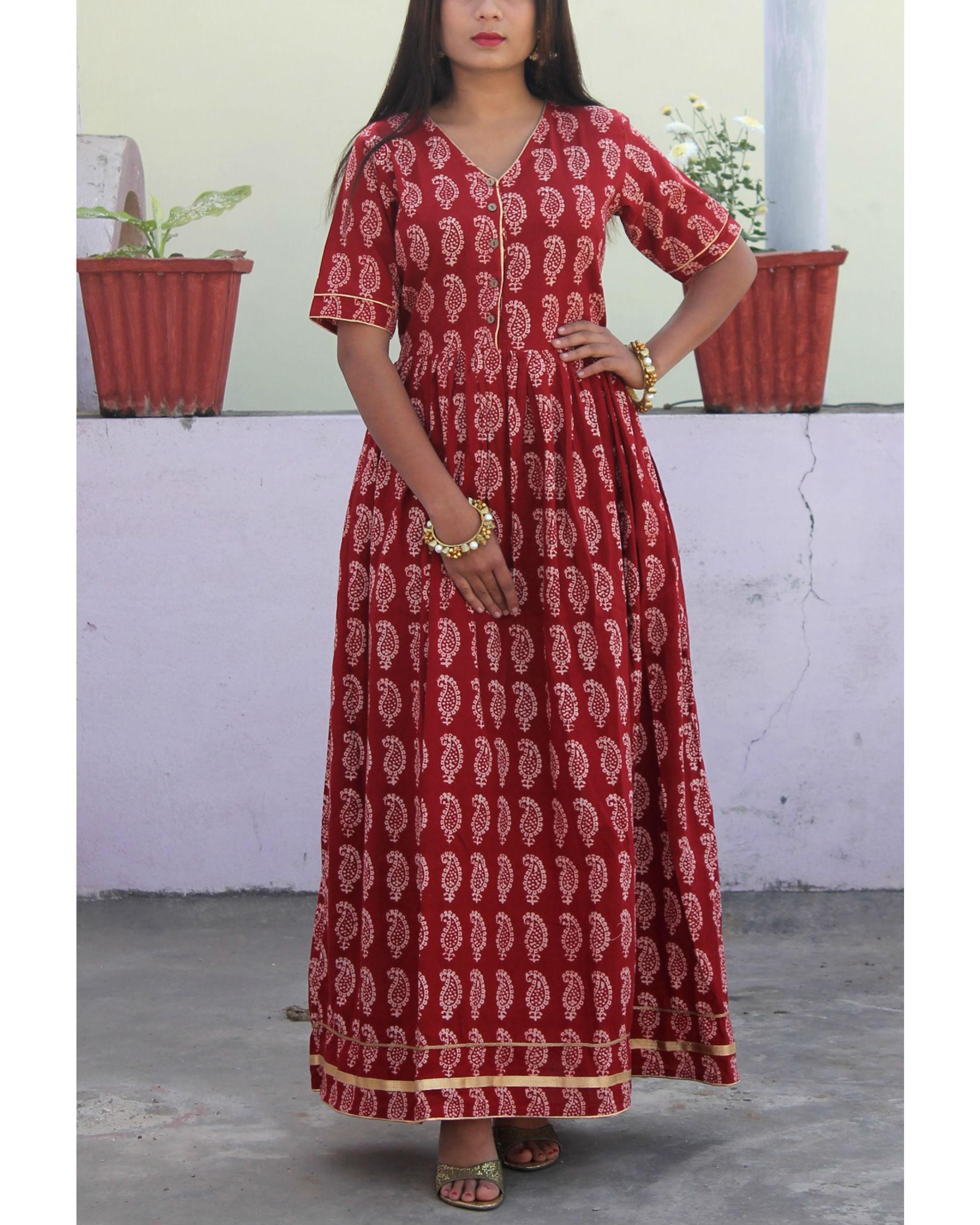 Mehrooni gathered bagh print dress