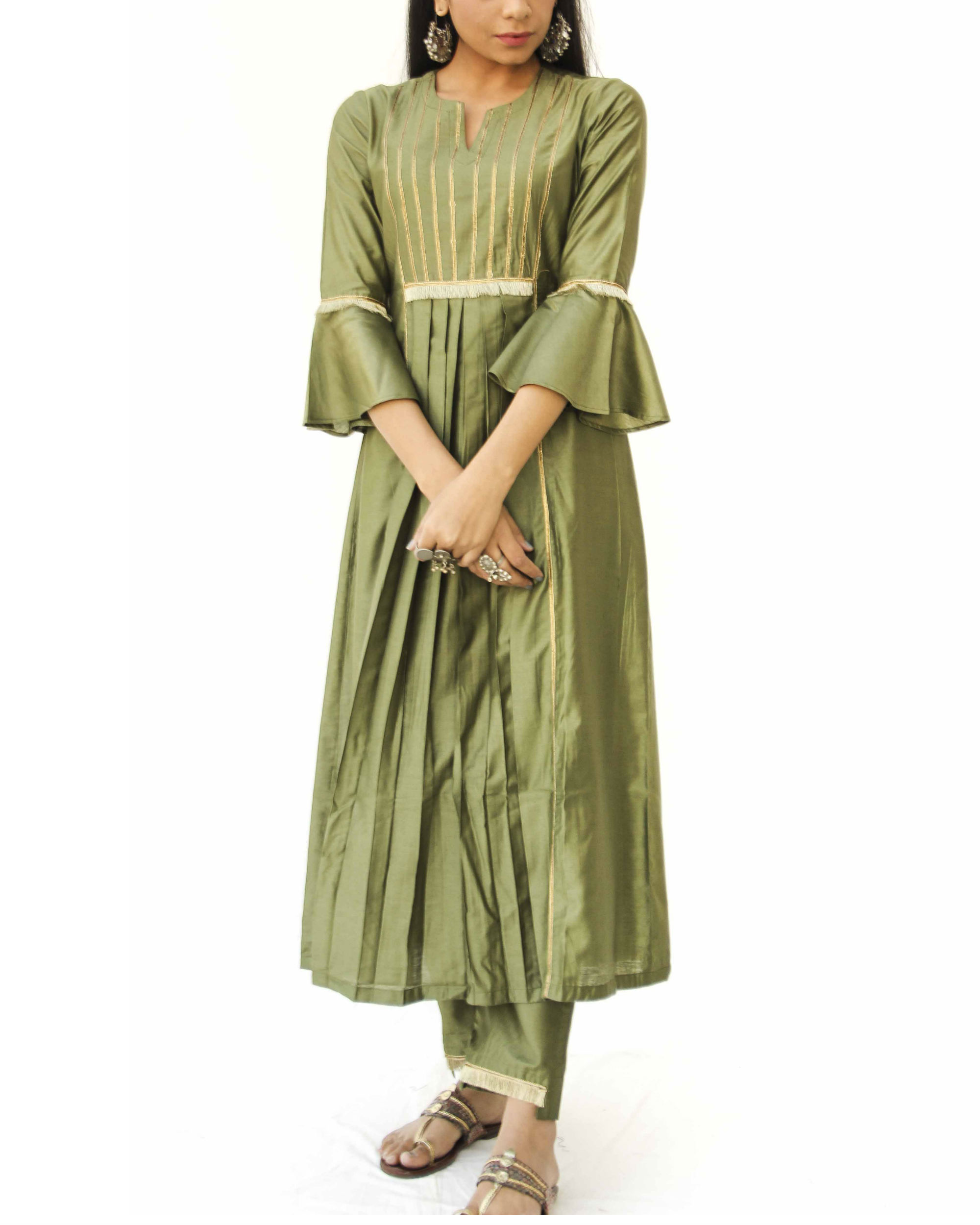 Olive green box kurta and pant set