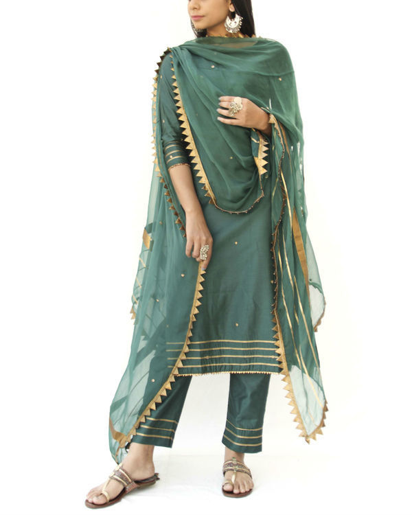 Emerald green straight kurta, pant and dupatta set