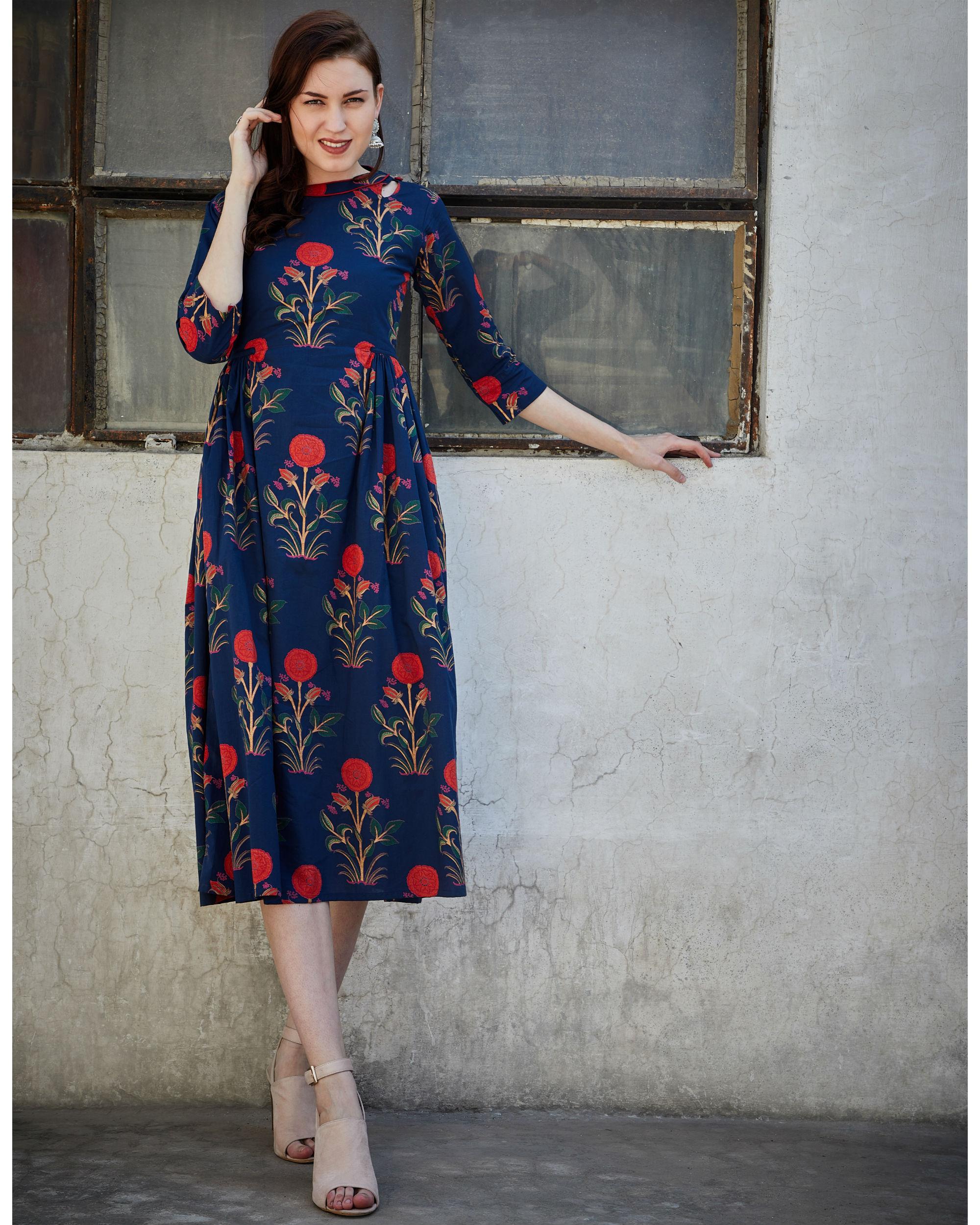 Navy blue side pleated dress