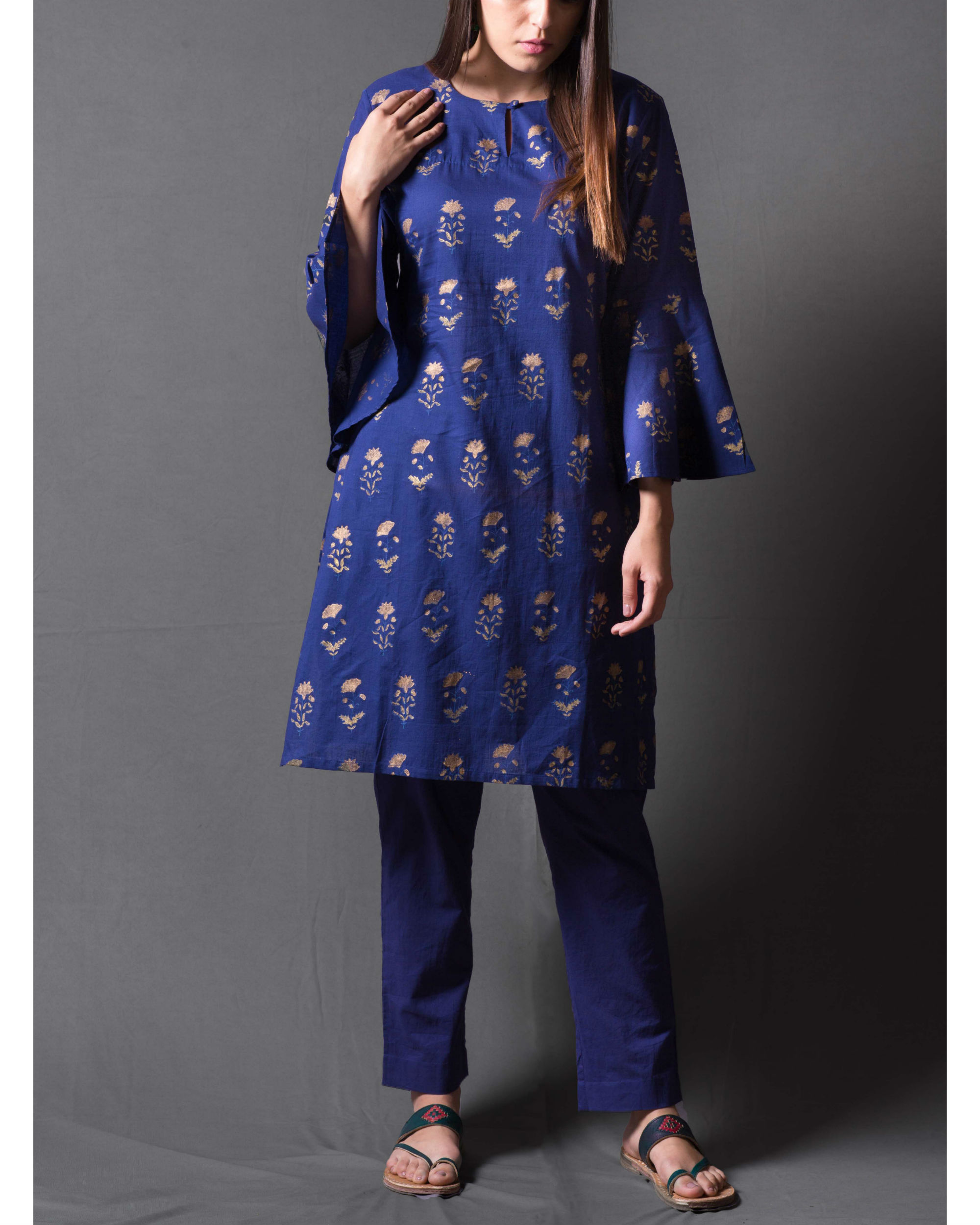 Navy blue daisy block printed short kurta set