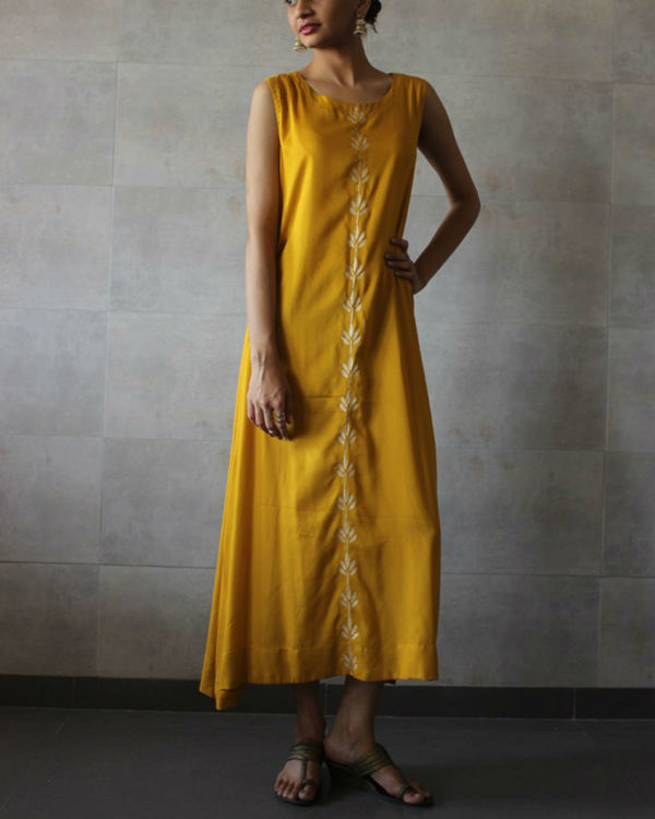 Mustard sleeveless a-line kurta