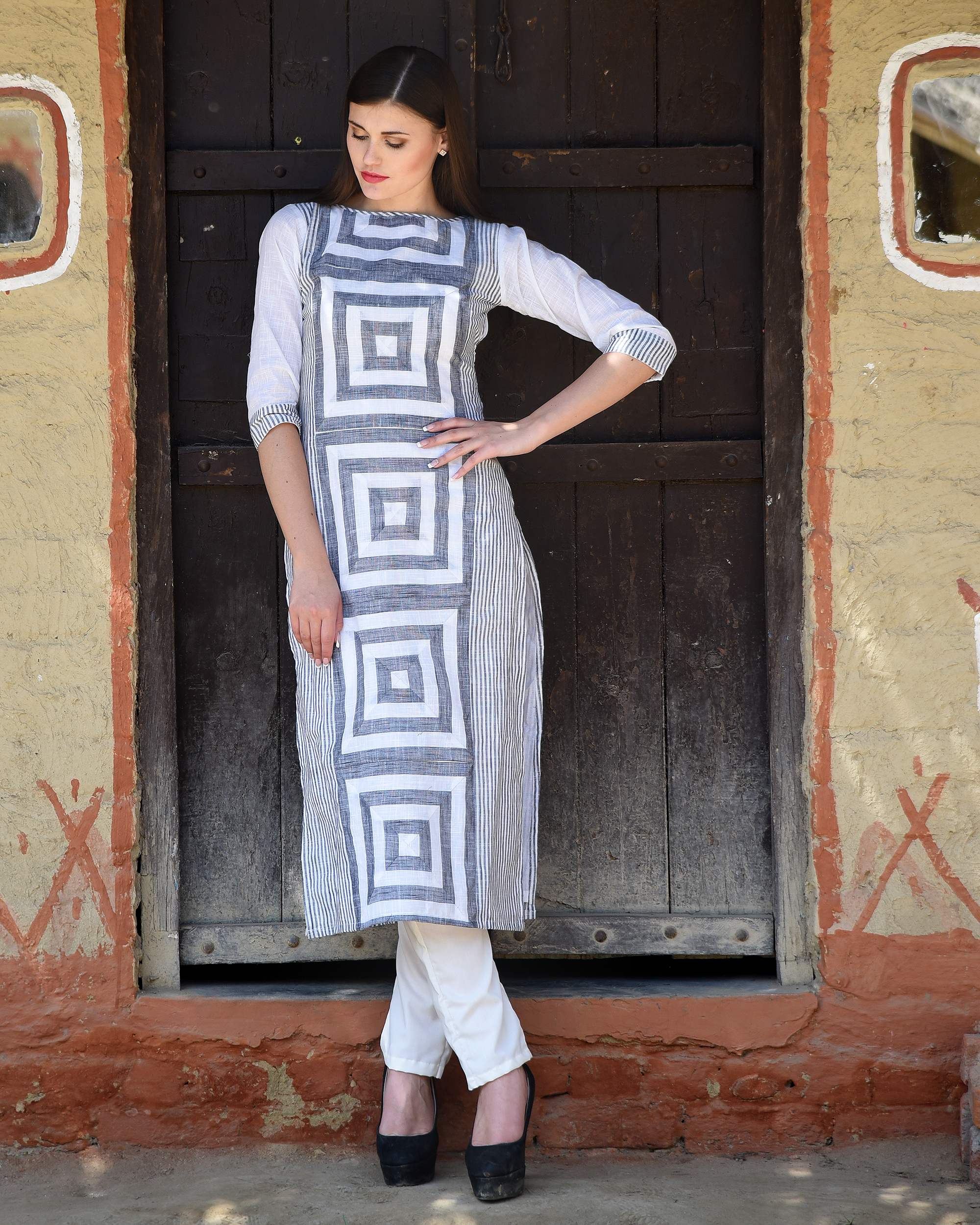 White and grey printed kurta with pants