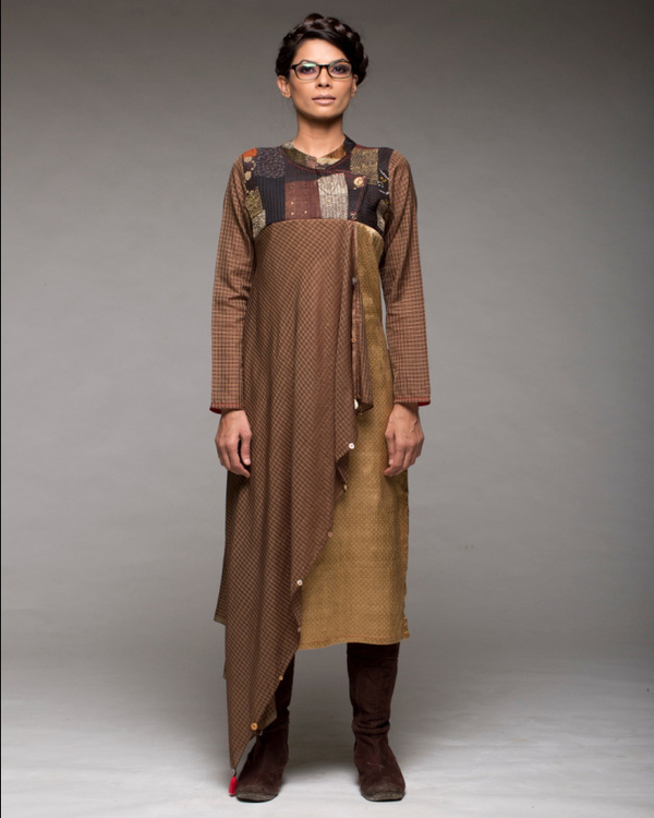 Draped yoke kurta with pants