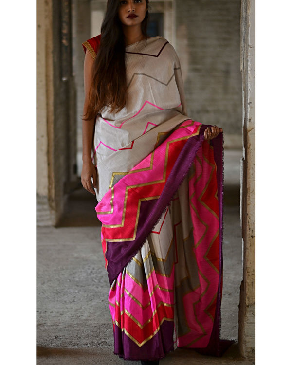 Pink and Grey Zigzag Sari