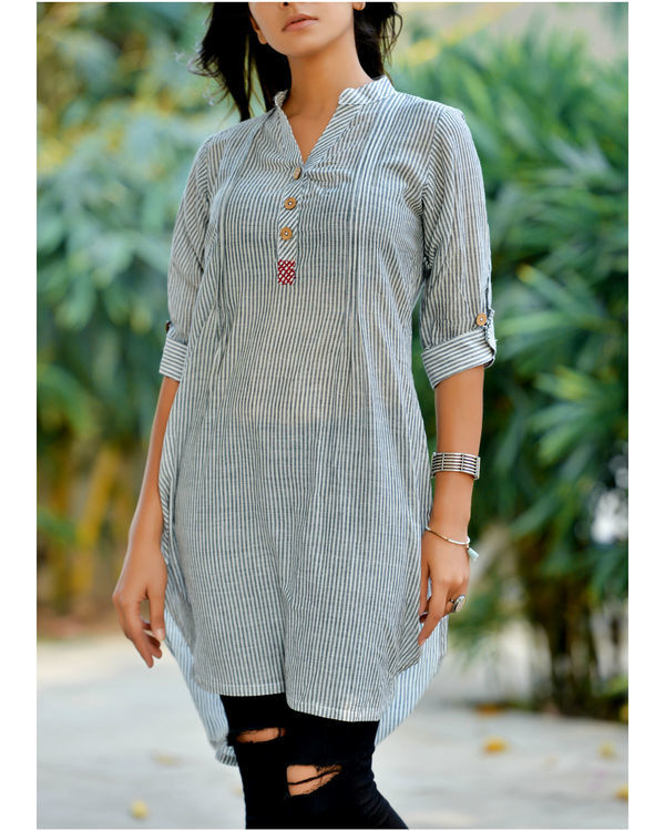 Grey embroidered kurta
