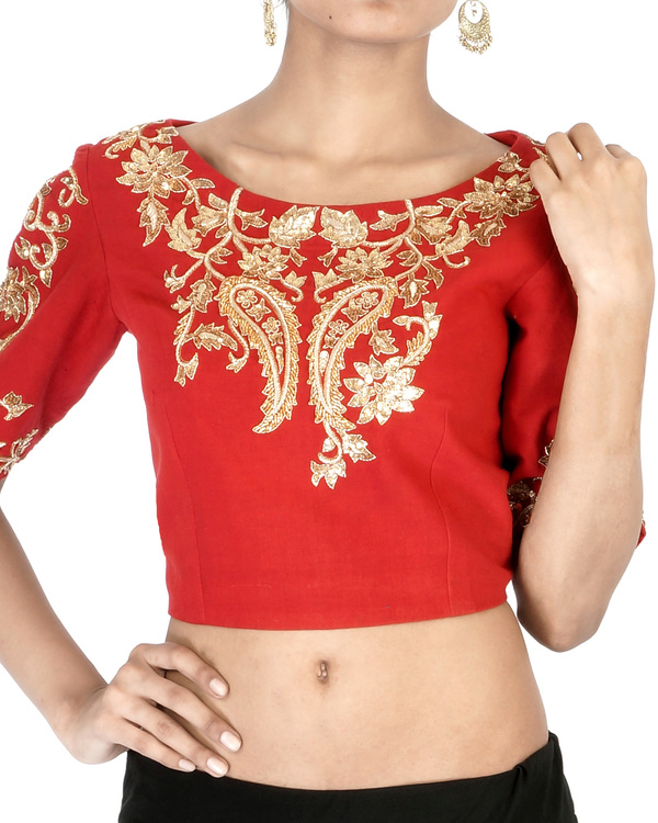 Red elbow sleeves embroidered crop top