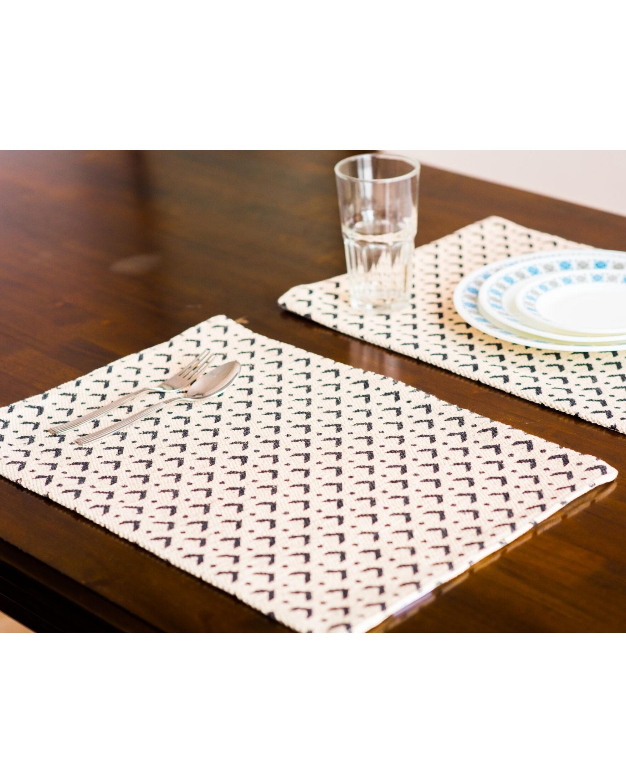Denmark diamond table mats - set of six
