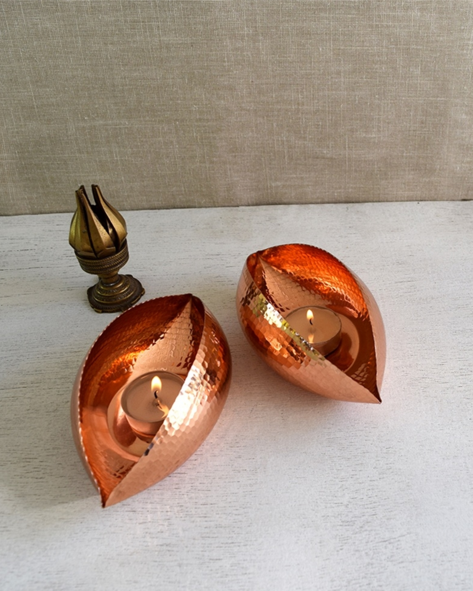 Large copper pod tea light holder