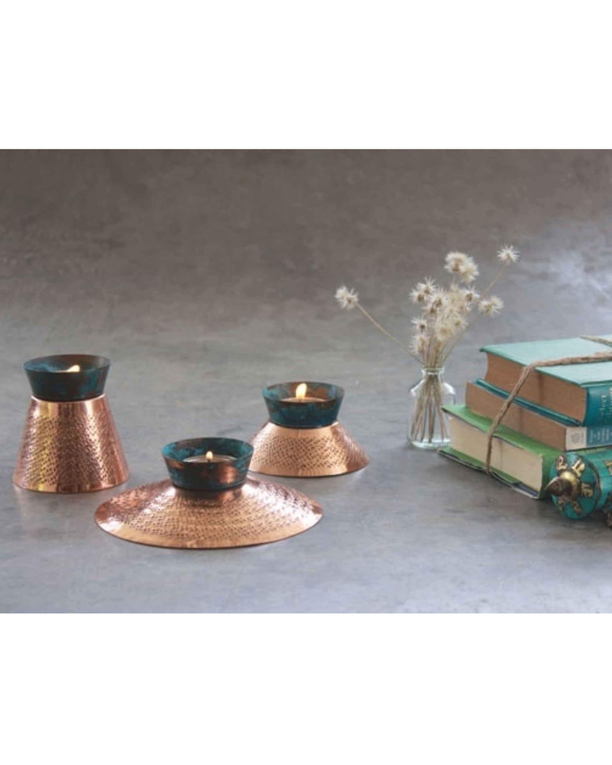 Teal appeal tea light holder - medium