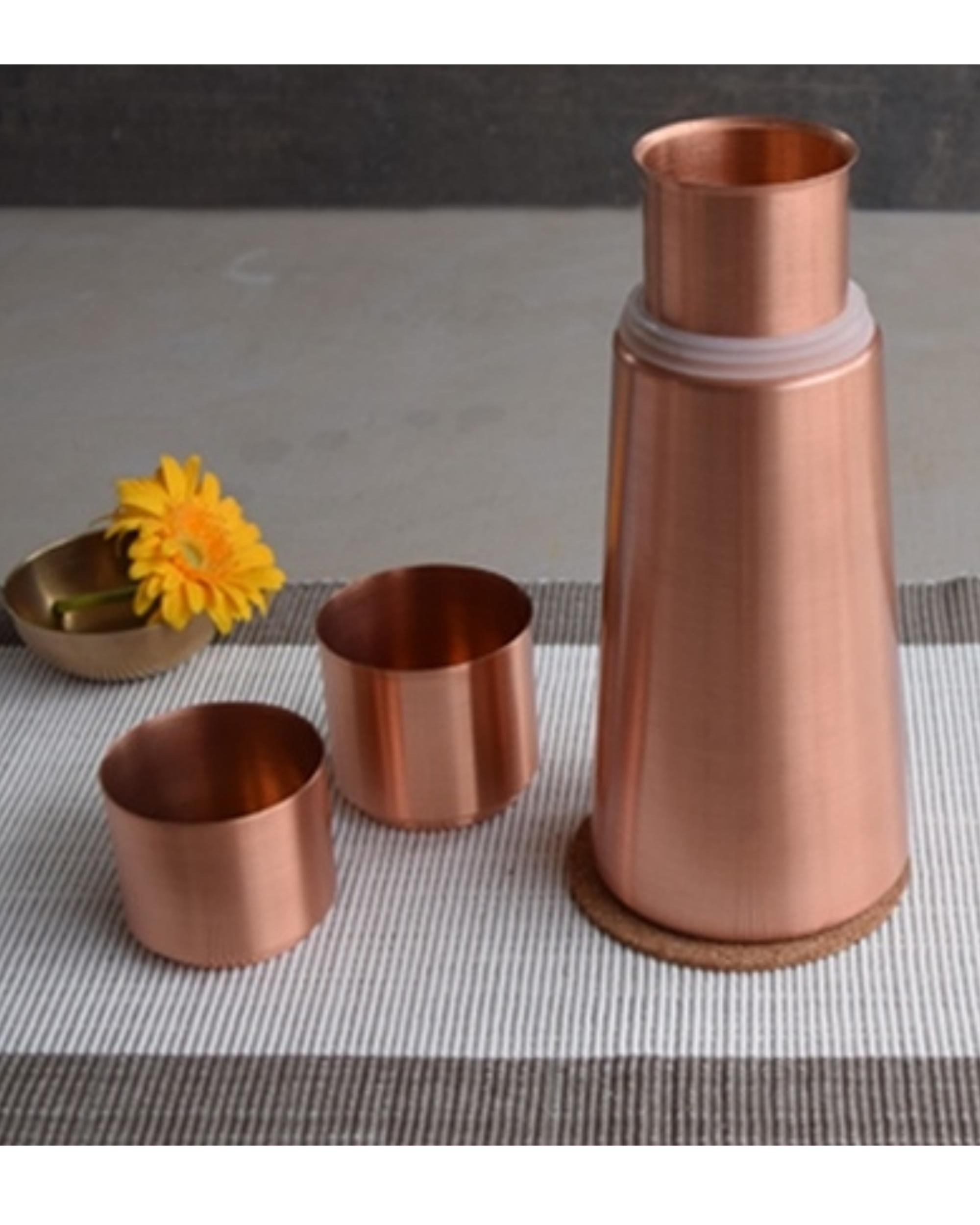 Copper lean carafe