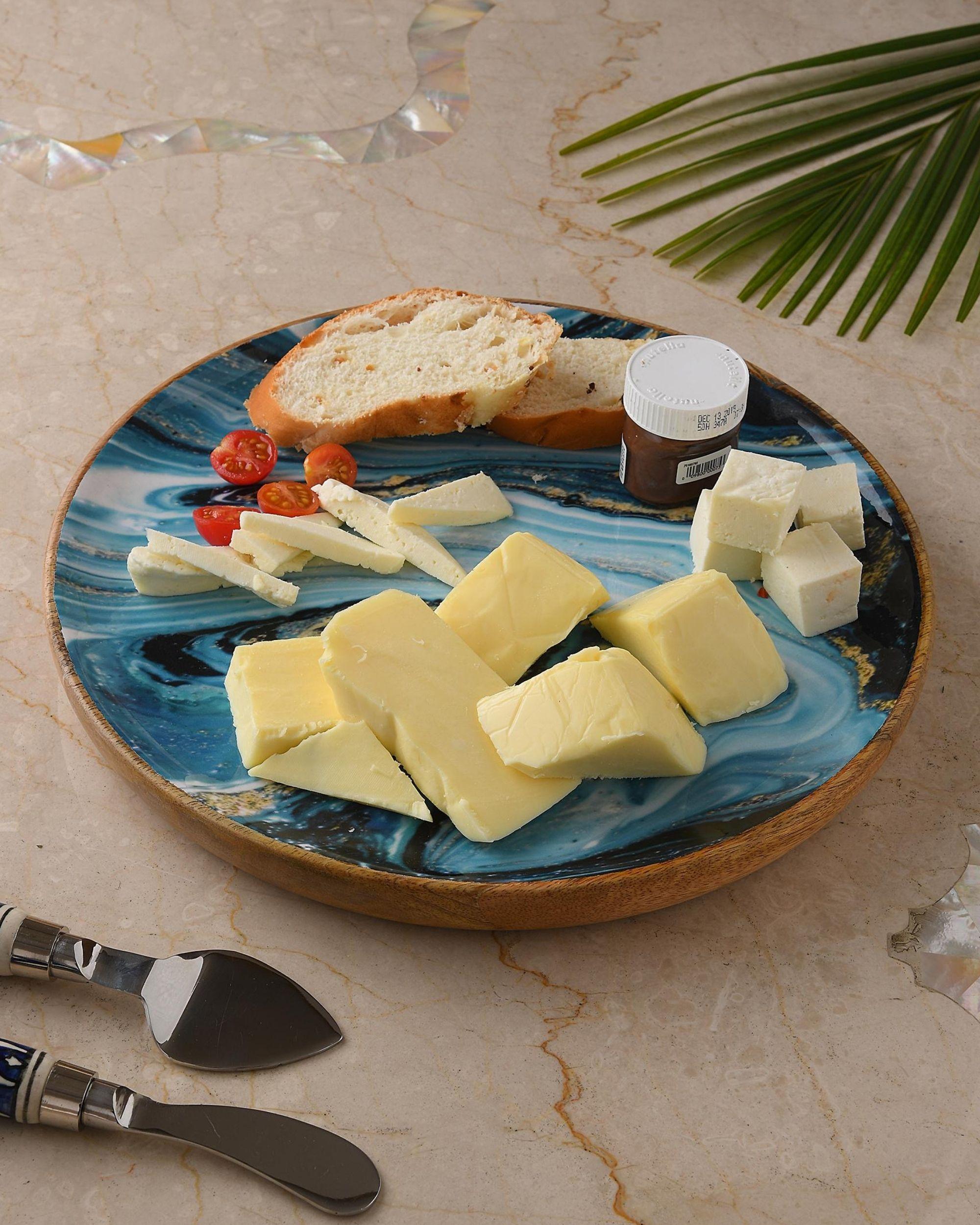 Shades of blue wave mango wood circular platter
