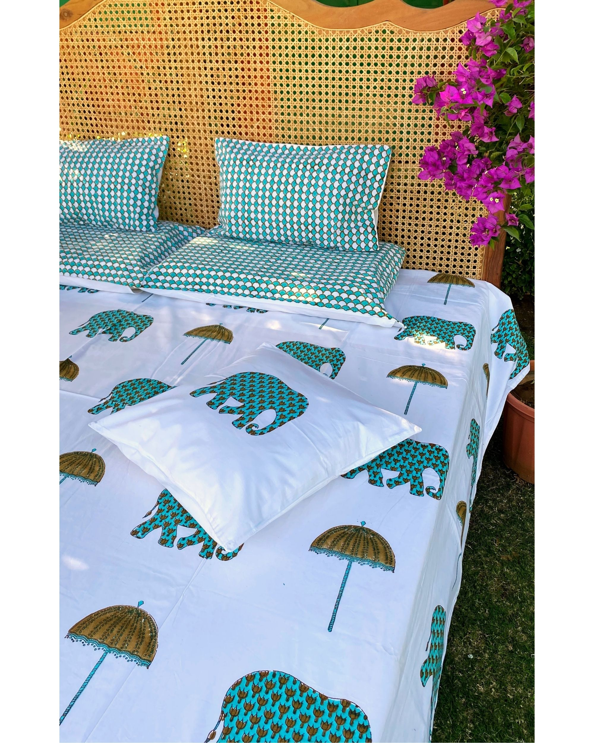 Chhatri & haathi square and lumbar cushion covers - set of 4