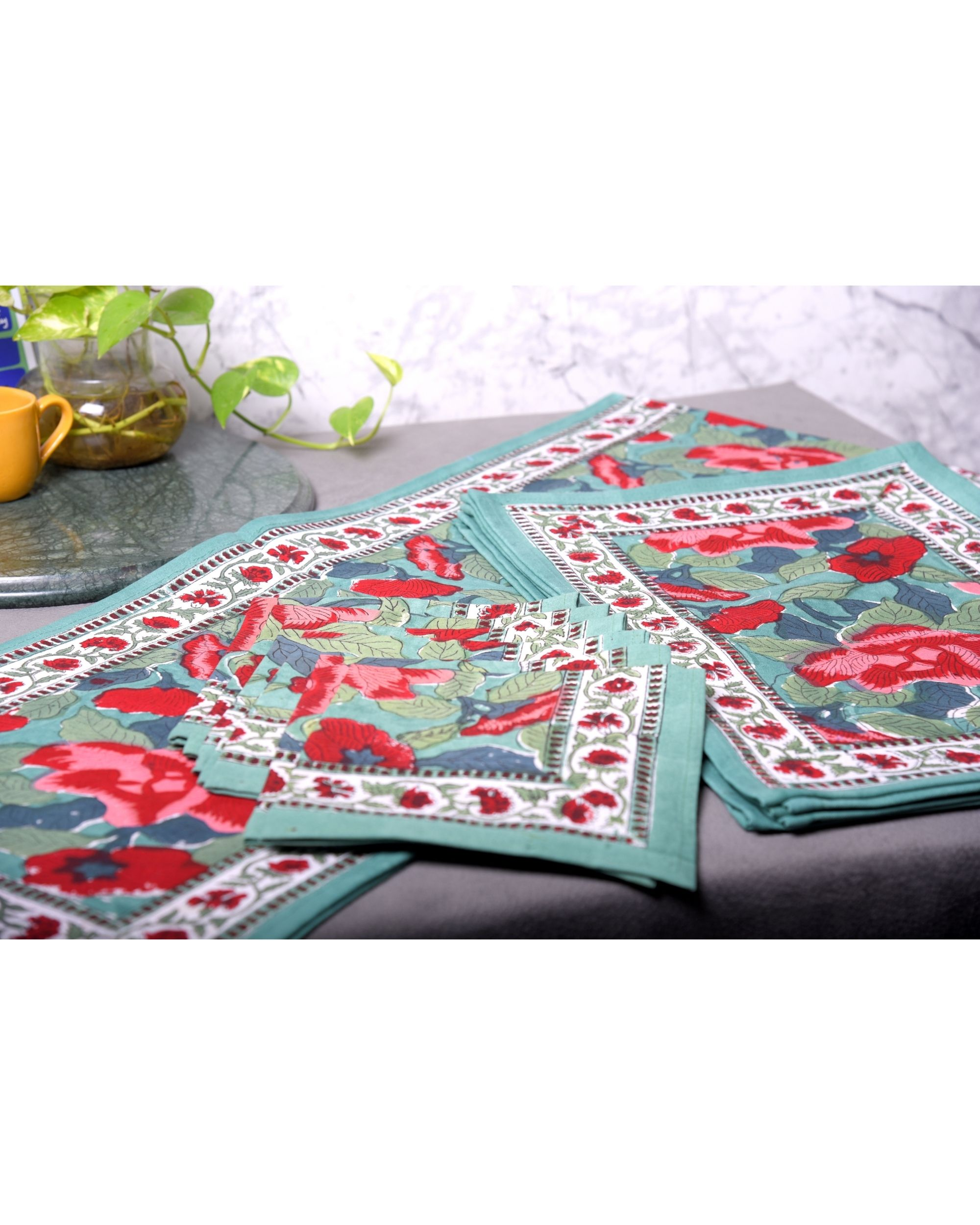 Red and green floral table runner, table mats and napkins - set of 13