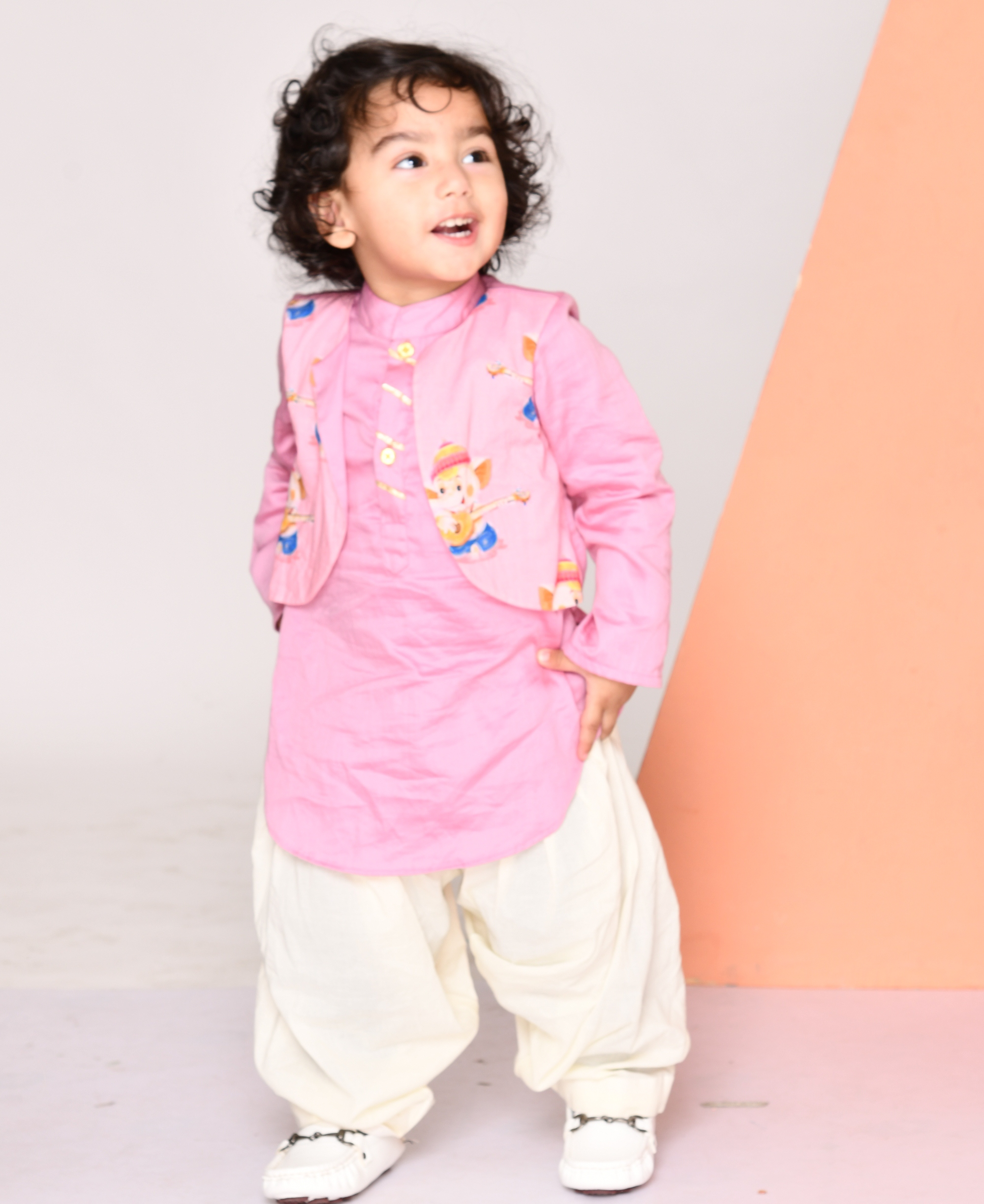 Lilac ganesha printed kurta with attached jacket and salwar- Set Of Two