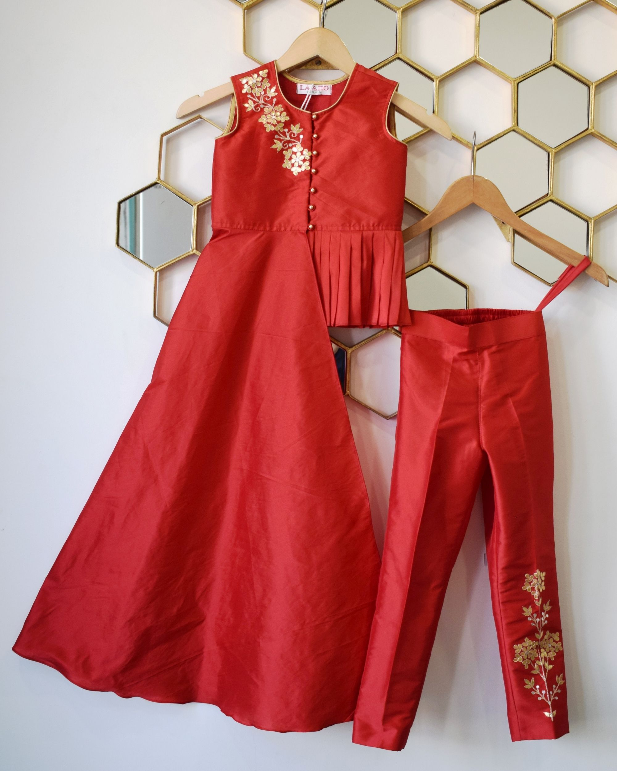 Red floral gota asymmetrical pleated top with pants - Set Of Two