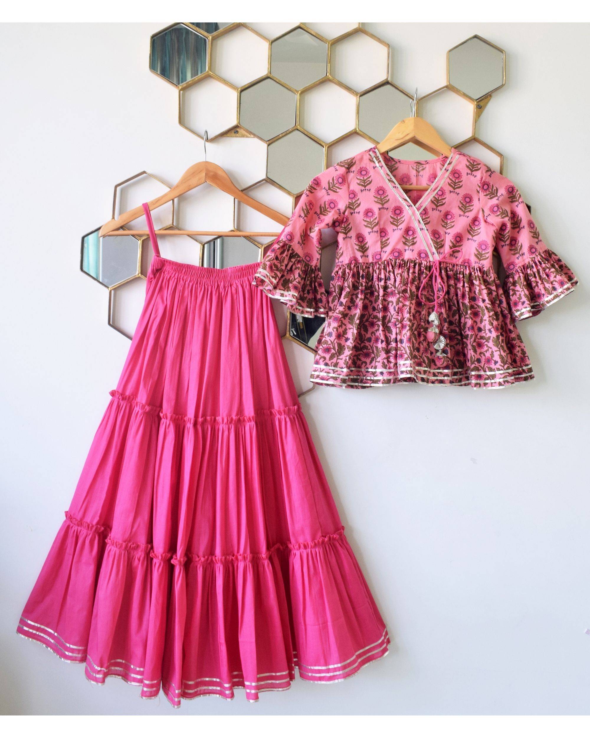 Pink floral printed ruffled peplum top with tiered skirt - Set Of Two