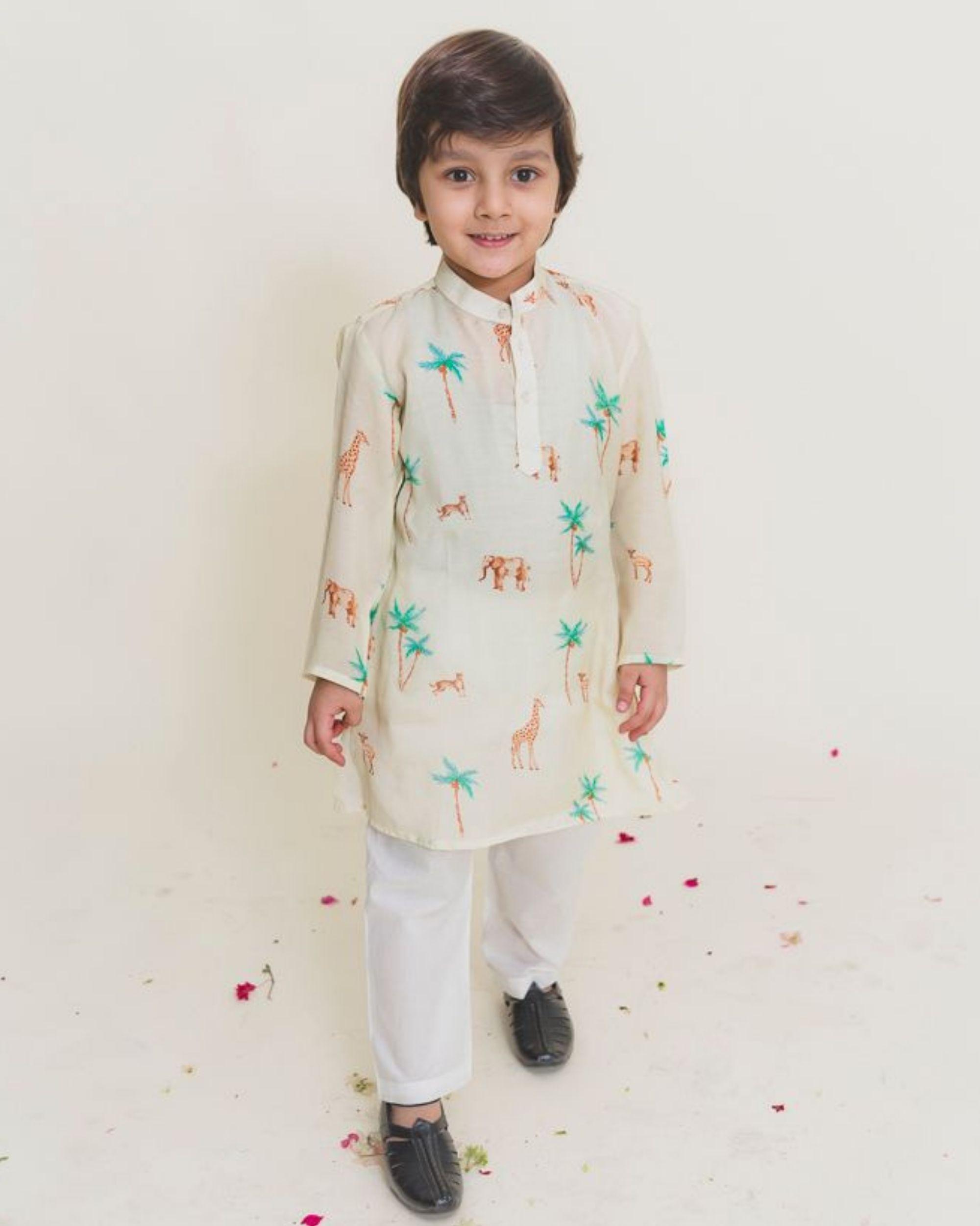 Cream jungle safari printed kurta with pants - Set of Two
