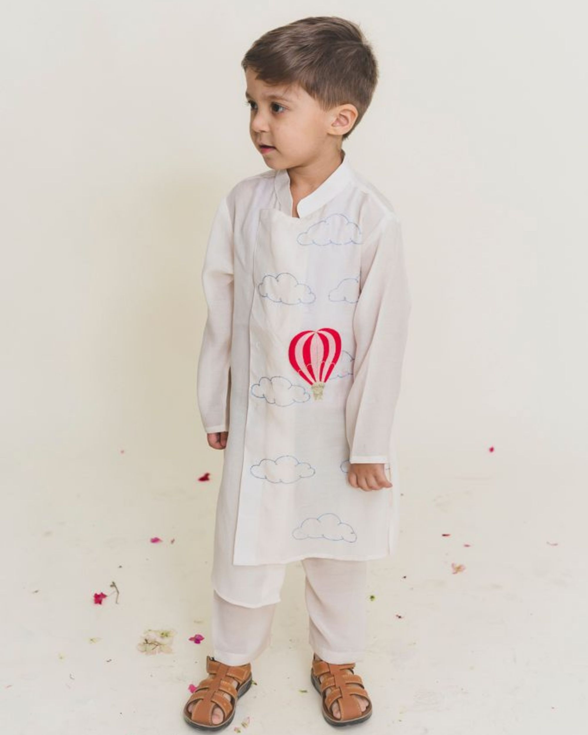 White balloon kurta with pants - Set of Two