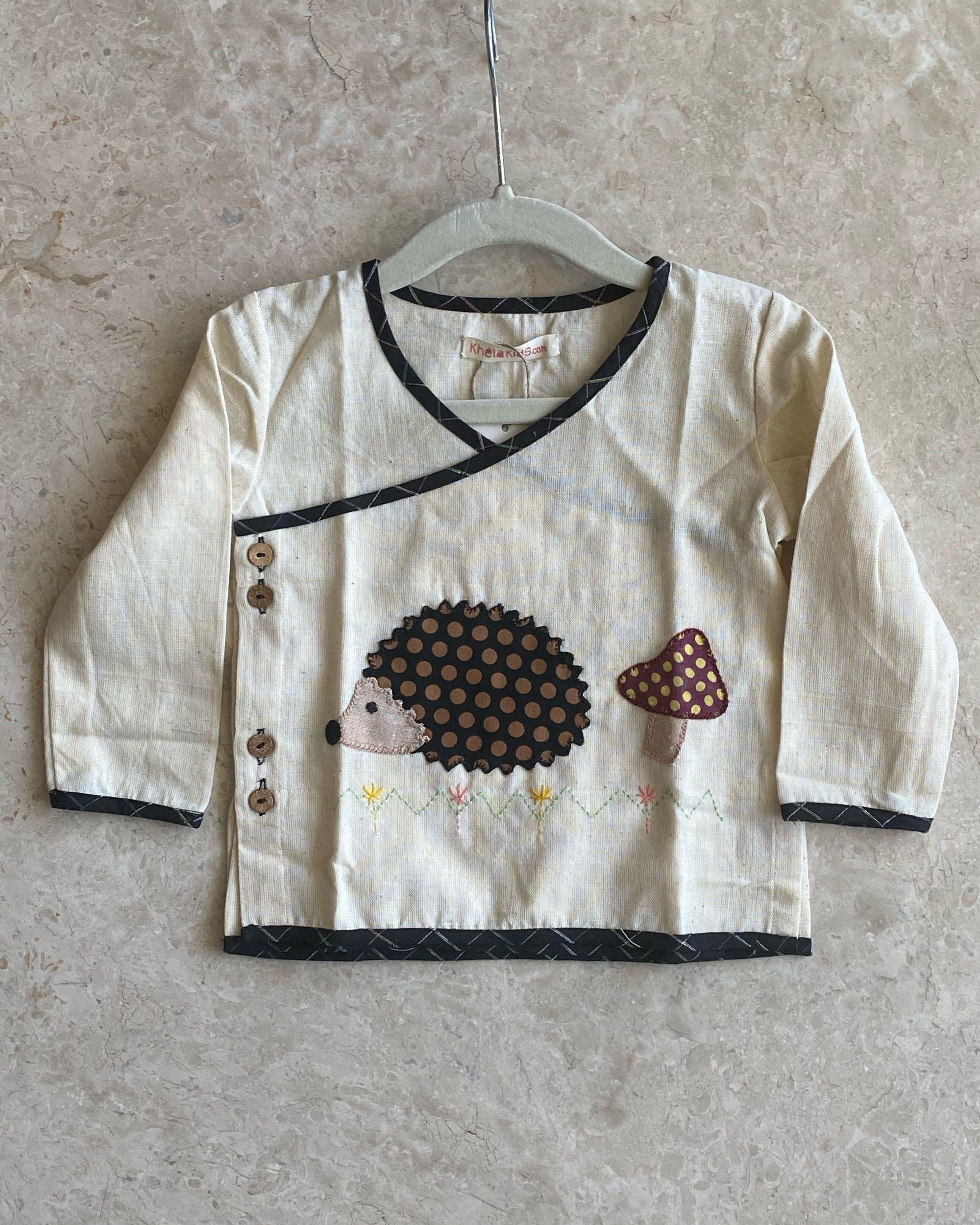 Off white hedgehog kurta