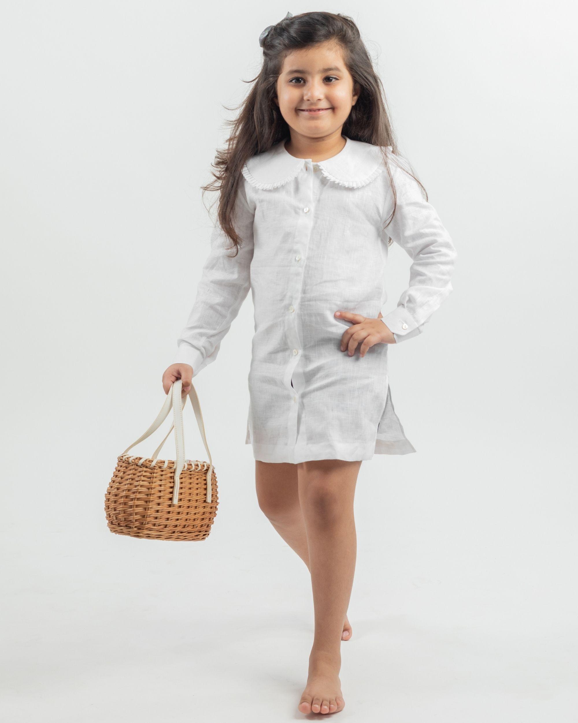 White linen peter pan collar dress