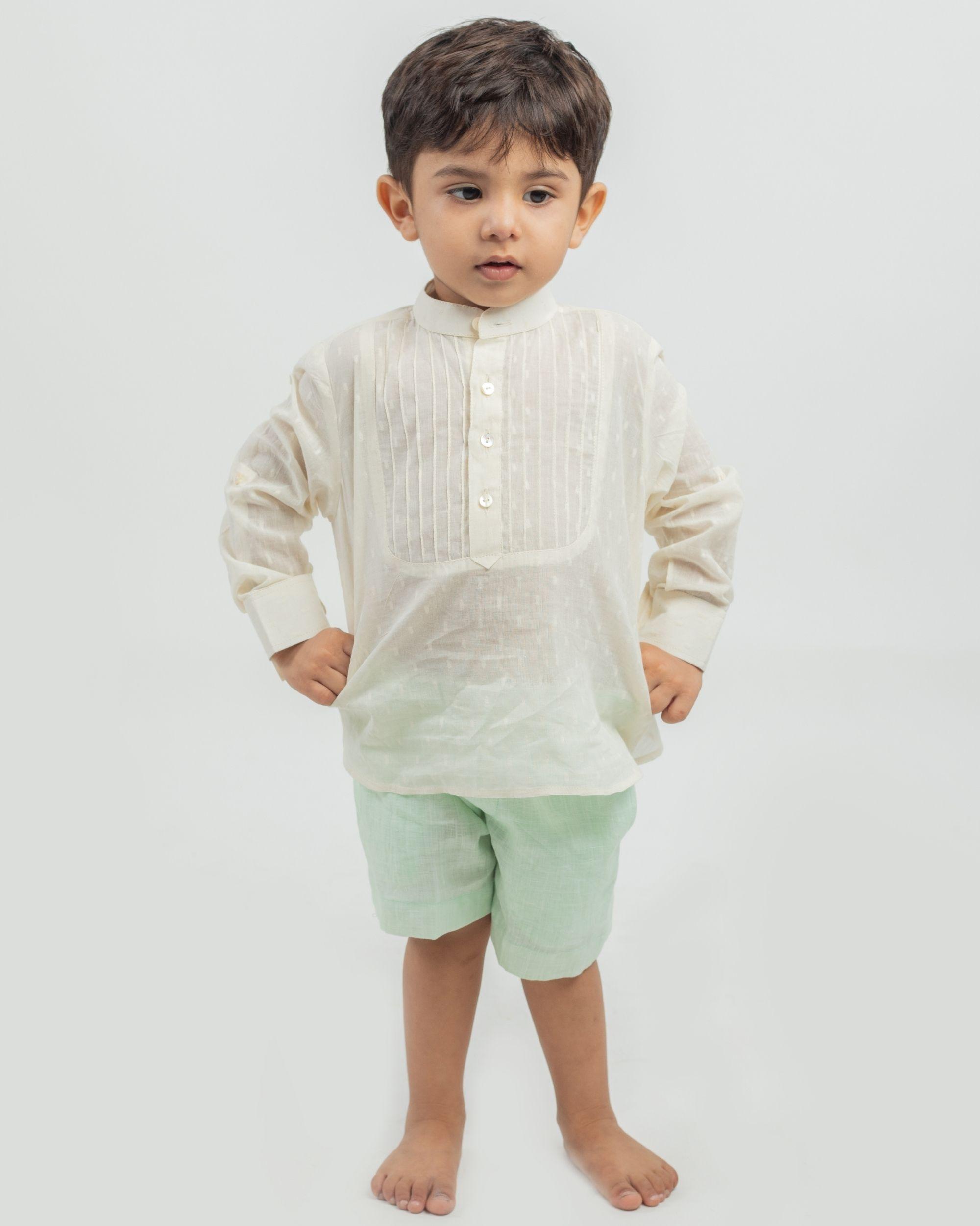Cream yoke kurta and mint linen shorts - set of two