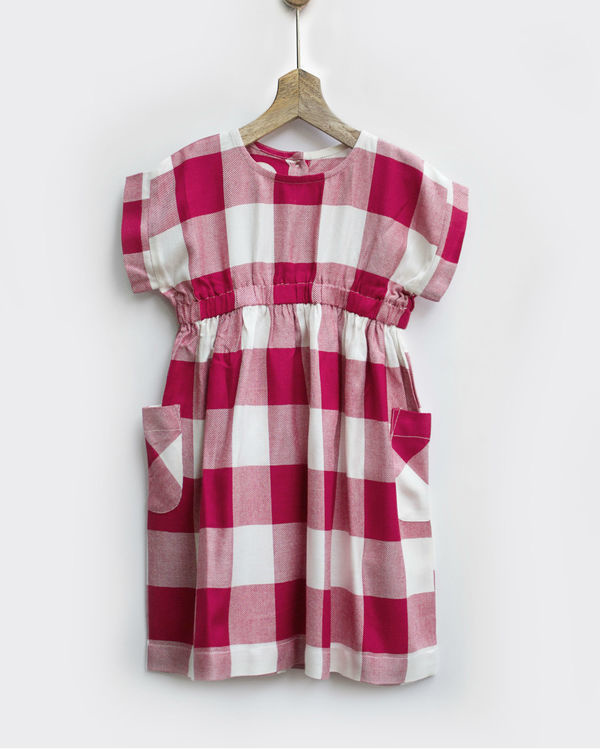 Red & white checks smock dress with pockets
