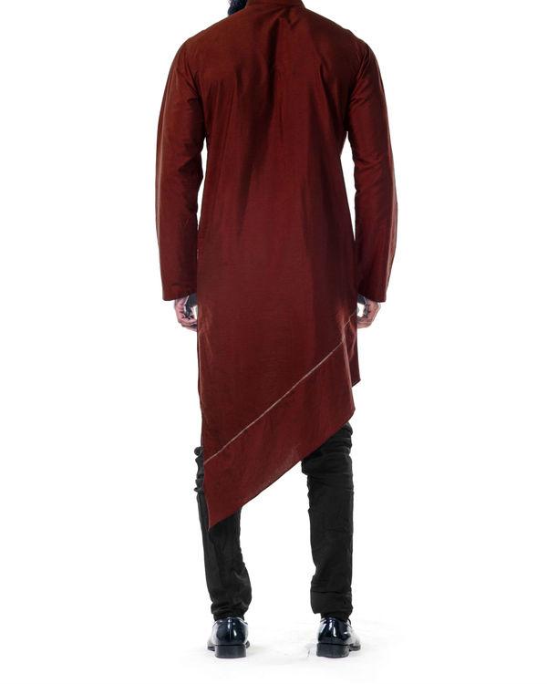 Maroon  asymmetrical hemline embroidered kurta set 2