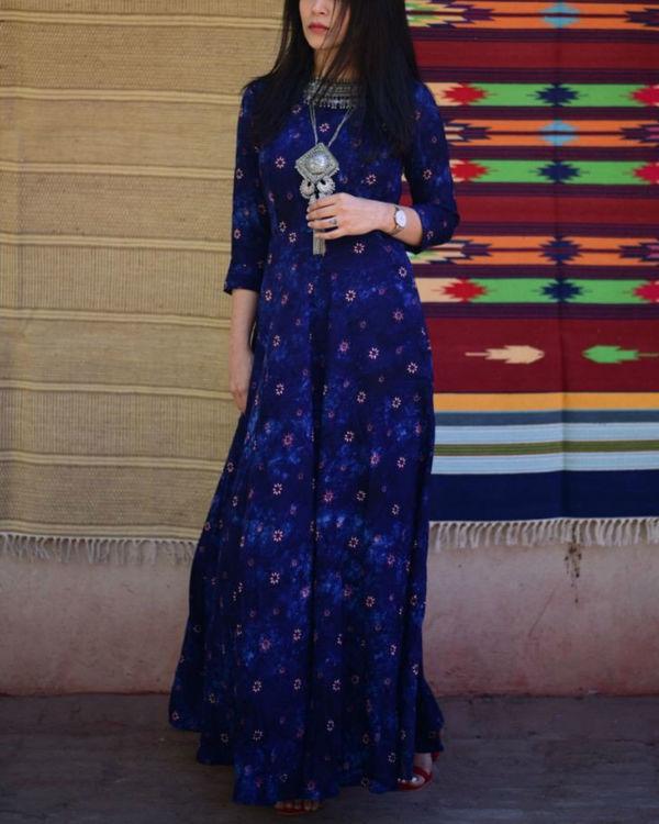 Blue floral maxi dress 3