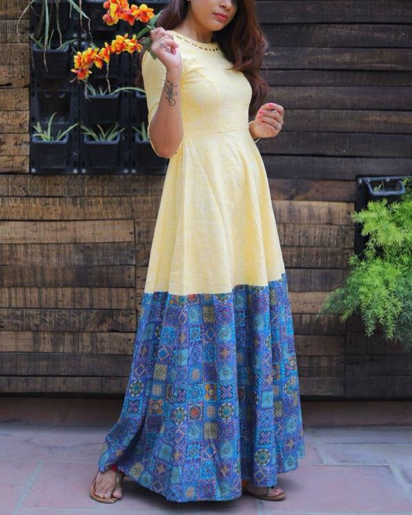 Yellow loop neckline dress 1