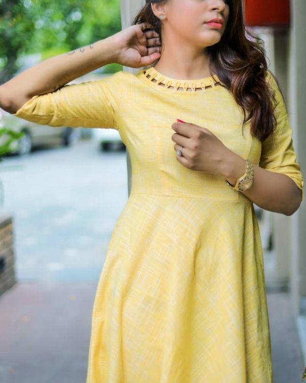 Yellow loop neckline dress 2