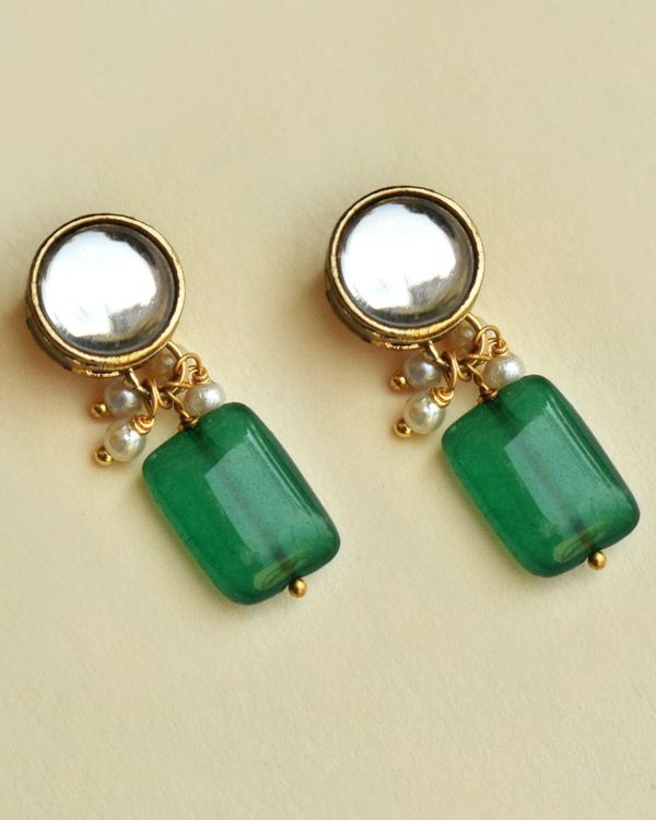 Green stone and kundan necklace and earring - set of two 1