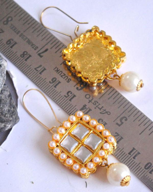 Square kundan earrings 1