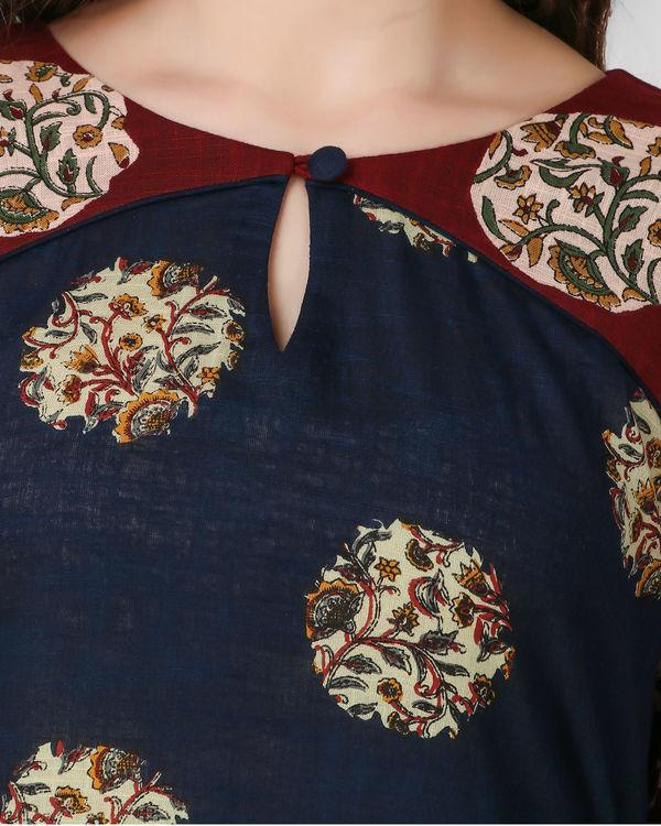 Maroon keyhole neck dress 3