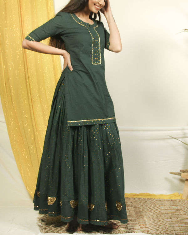 Pine green golden kurta lehenga set 2
