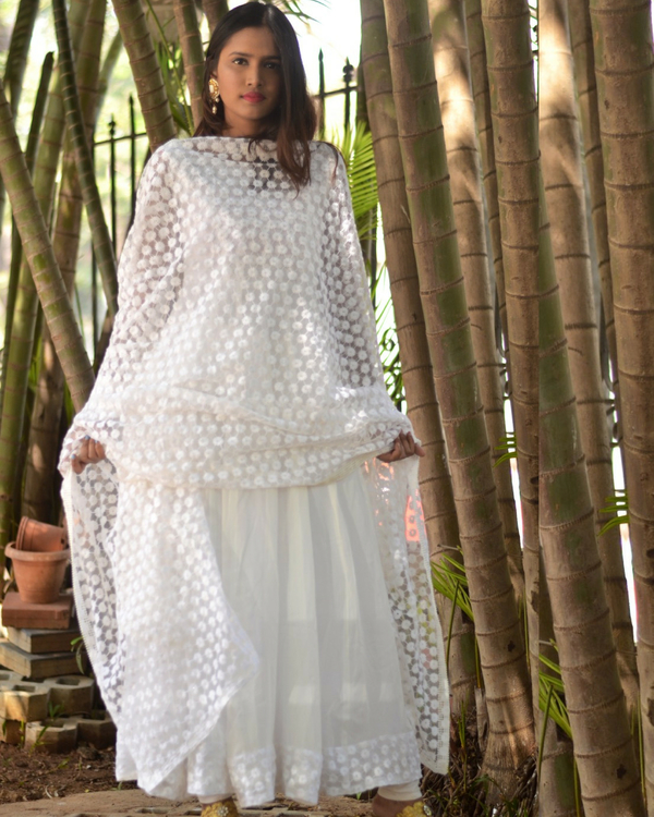 White star dress with dupatta 2
