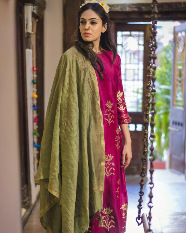 Purple daffodil print chanderi kurta set with dupatta 1