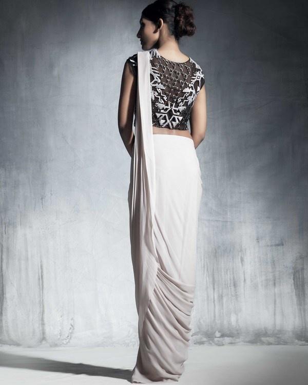 Ecru draped saree 1