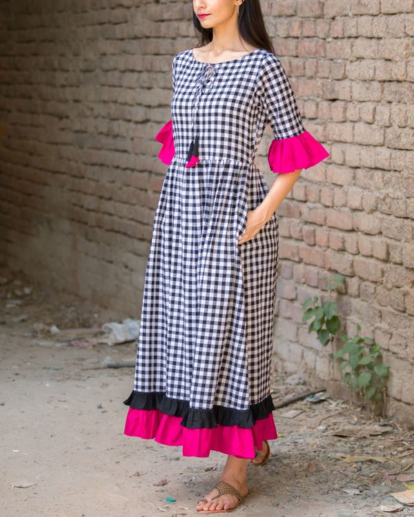 Checked cotton maxi dress with pink frills 1