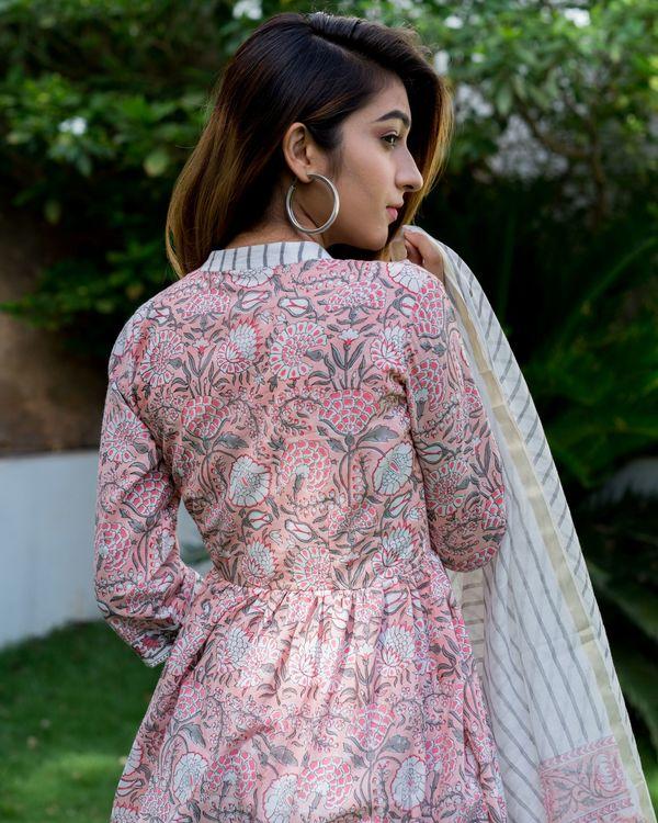 Blush pink floral block printed suit set with chanderi dupatta - set of three 1