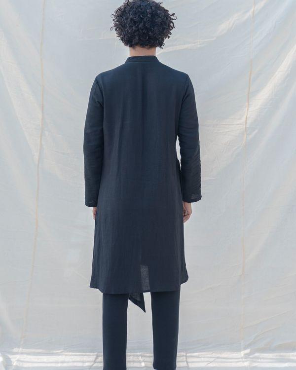 Black colored cotton kurta 1