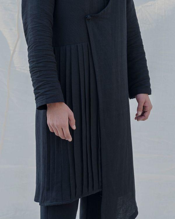 Black colored cotton kurta 3