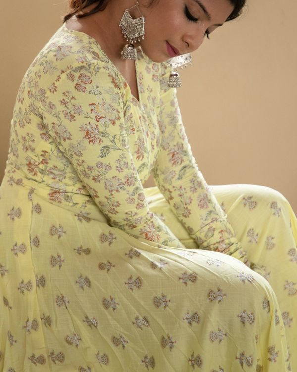 Pastel yellow foil floral dress 1