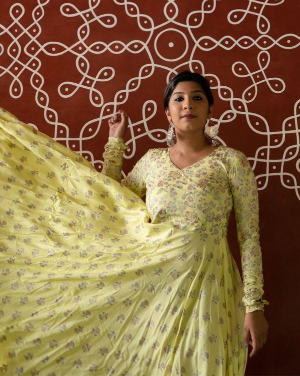 Pastel yellow foil floral dress 2