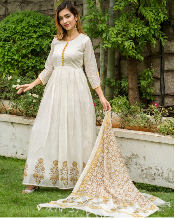Yellow & beige box pleated dress with printed dupatta - Set of Two 1