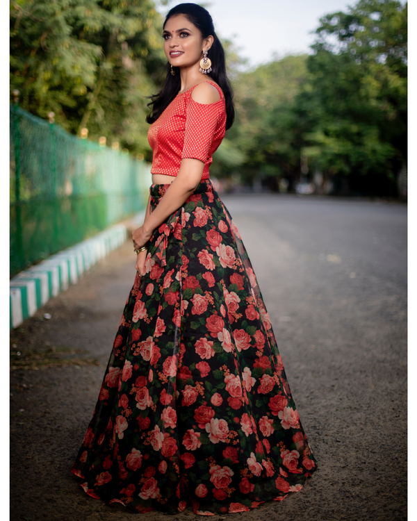 Red and black floral printed organza skirt with banarasi crop top-set of two 3