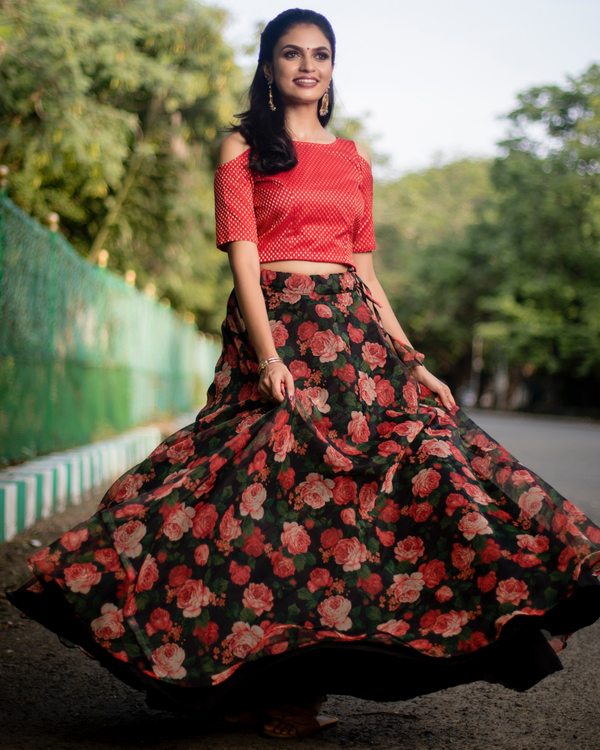 Red and black floral printed organza skirt with banarasi crop top-set of two 1
